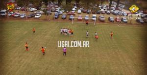 Tremenda captura del gol de Furia.